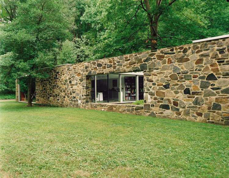 Exterior, House Building Type, and Mid-Century Building Type Marcel Breuer Hooper House II Exterior Side Wall  Photos from Marcel Breuer Hooper House II