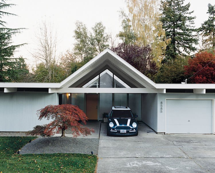 Exterior, Mid-Century Building Type, and House Building Type Segerholt Residence Exterior Driveway  Best Photos from Segerholt Residence