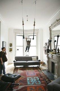 #livingrooms #trapeze #Turkishrug #Eames #lounge #chair #roomandboard  #light #Victorian #SanFrancisco