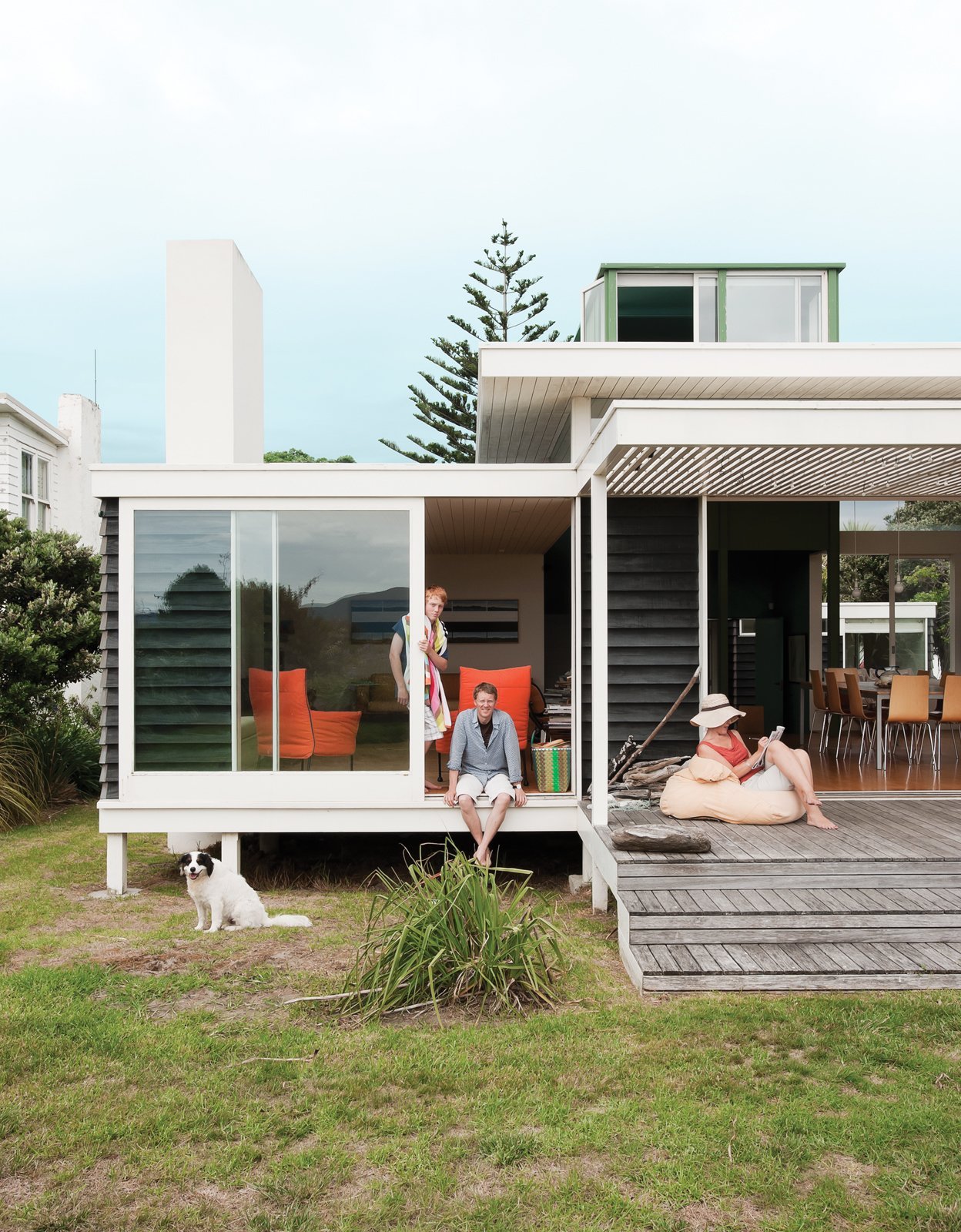 #paraparaumu #newzealand #modern #beach #beachhouse #baches #vacationhome #family #interior #exterior #indooroutdoorliving #minimal #humble  My Photos