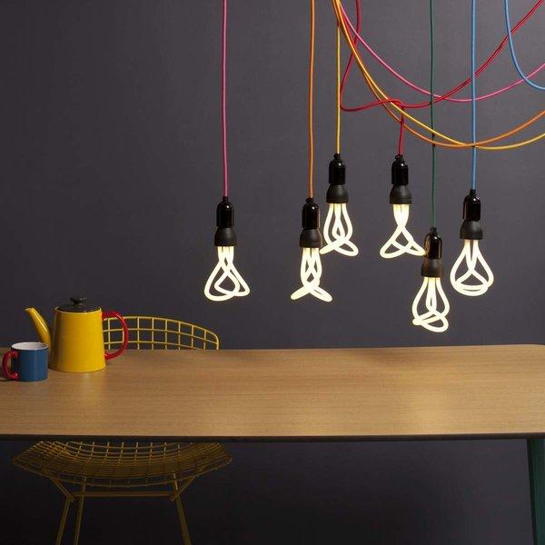#interior #modern #inside #design #interiordesign #lighting #lightingdesign #cordsocket #cordlight #energysaver #lightbulb #colorful #table #plumen #plumenbulb #squarebulb   Interesting lights