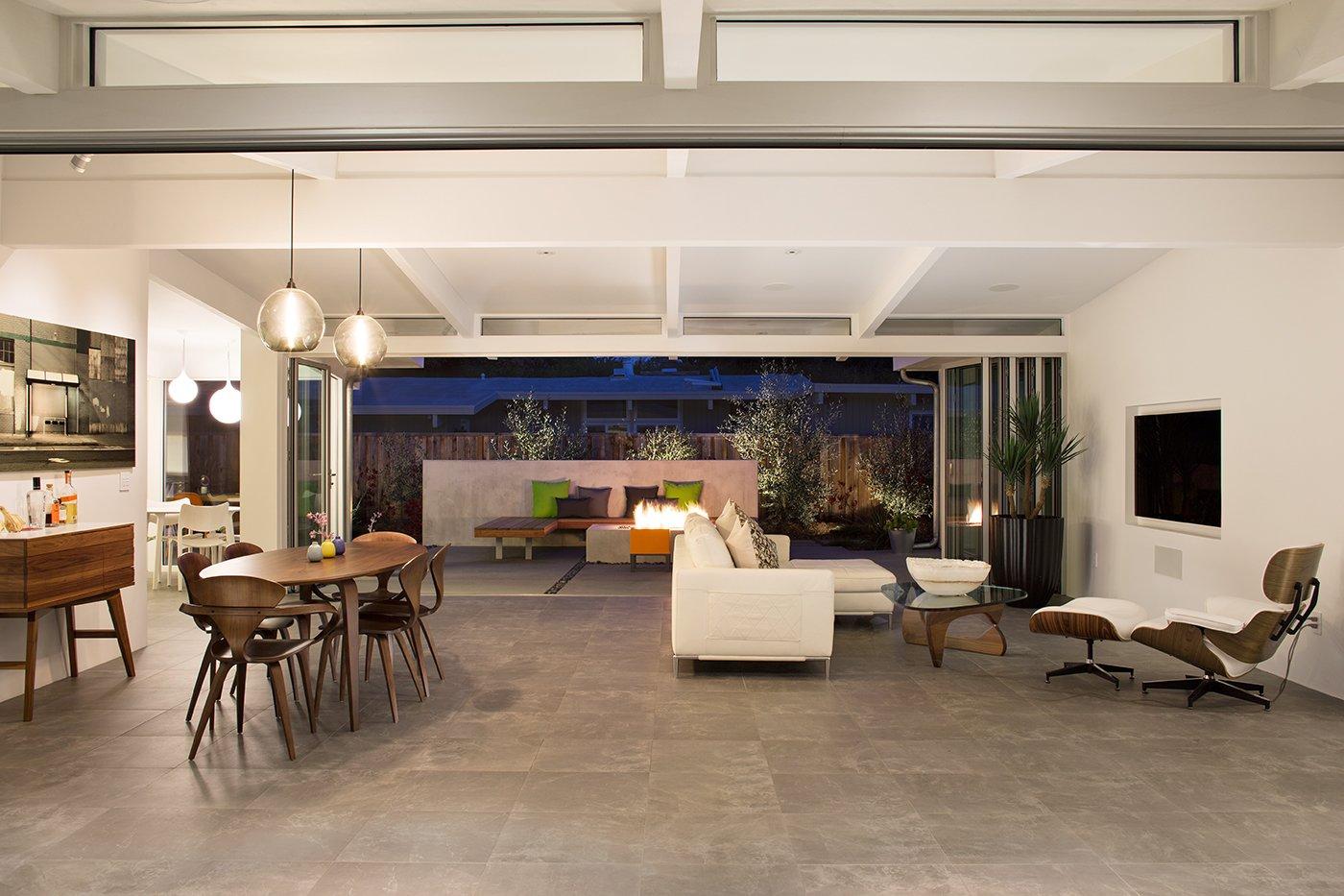 #midcenturymodern #interior #inside #livingroom #diningroom #Cherner #Eames #Stamen #lighting #Eichler #PaloAlto #California   Photo 20 of 24 in A Cherner Chair Retrospective
