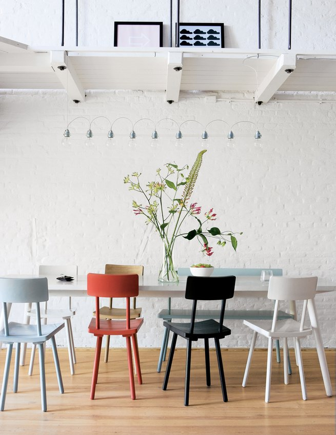 #interior #modern #inside #design #interiordesign #pietheineek #woodchair #monochromaticapartment #apartment #diningarea #diningtable #flowers #simpledesign #lighting #ceilinglighting #brickwall #whitebrick #artprint #seatingdesign #seating   Nate Berkus's Favorites from 100+ Best Modern Seating Designs