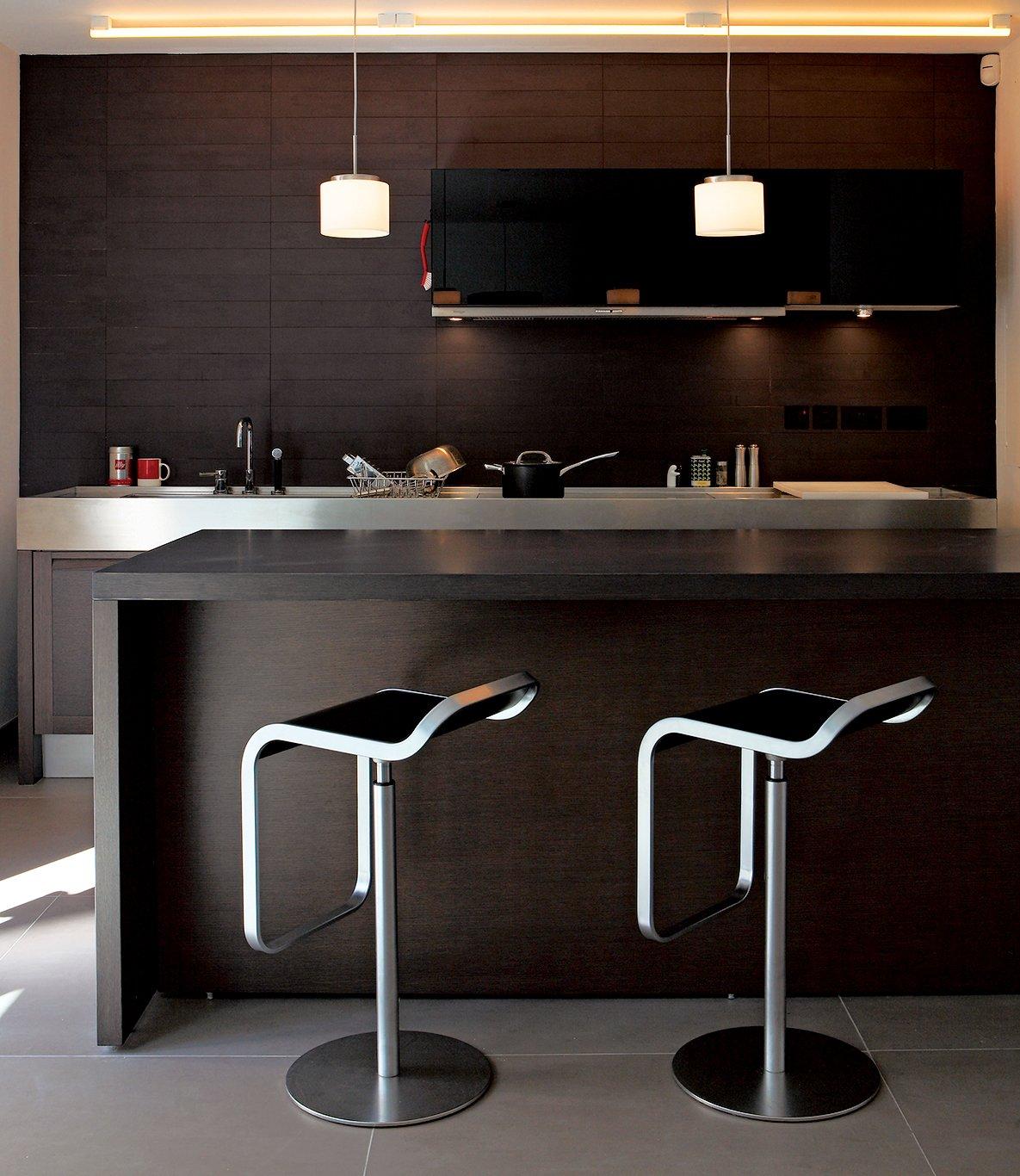 #seatingdesign #interior #inside #indoor #custom #clad #TheSunkenHouse #photographer #EdReeve #DavidAdjaye #london #DeBeauvoir #cedar #modern #stool #kitchen  100+ Best Modern Seating Designs