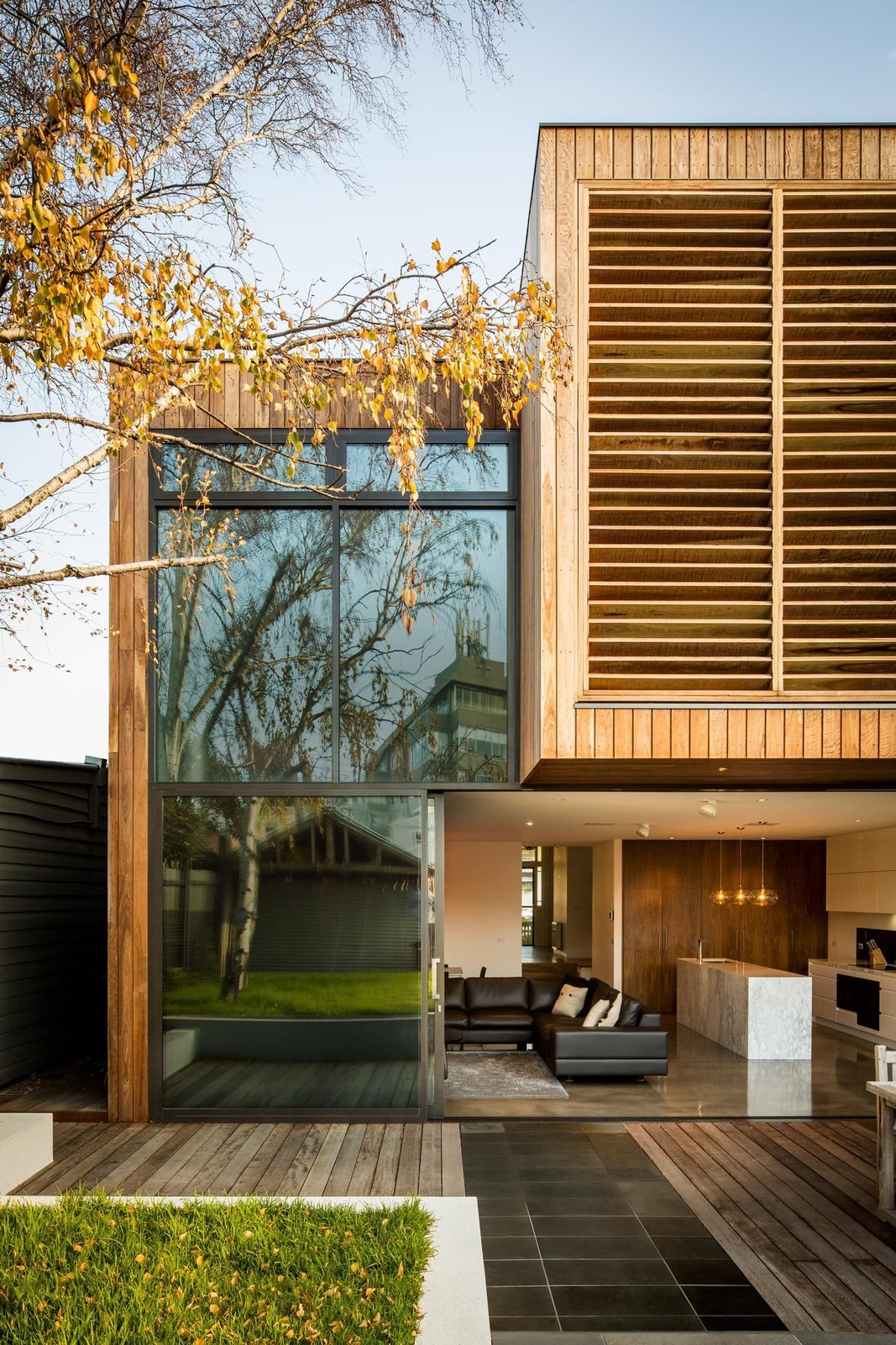 #modern #architecture #modernarchitecture #wood #glass #minimal #slidingdoor #patio #kitchen #livingroom  #indoor #outdoor #openair #Melbourne #Australia #MitsuoriArchitects  Tips for Creating a Comfortable Living Room by Drew McGukin from Modern Outside