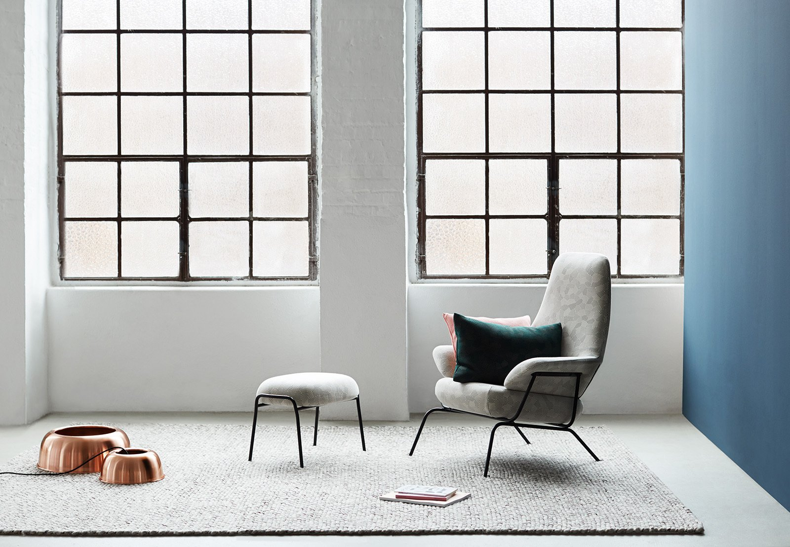 #seatingdesign #seating #Hai #chair #livingroom #window #rug #light #blue #copper #LucaNichetto #minimalist #modern #interior #inside #indoor  100+ Best Modern Seating Designs