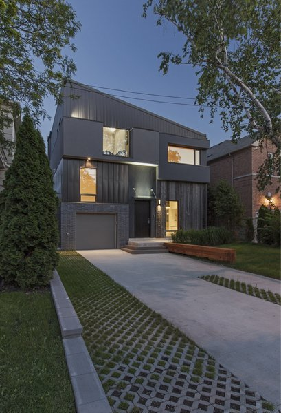 Toronto's Tetris Inspired Home