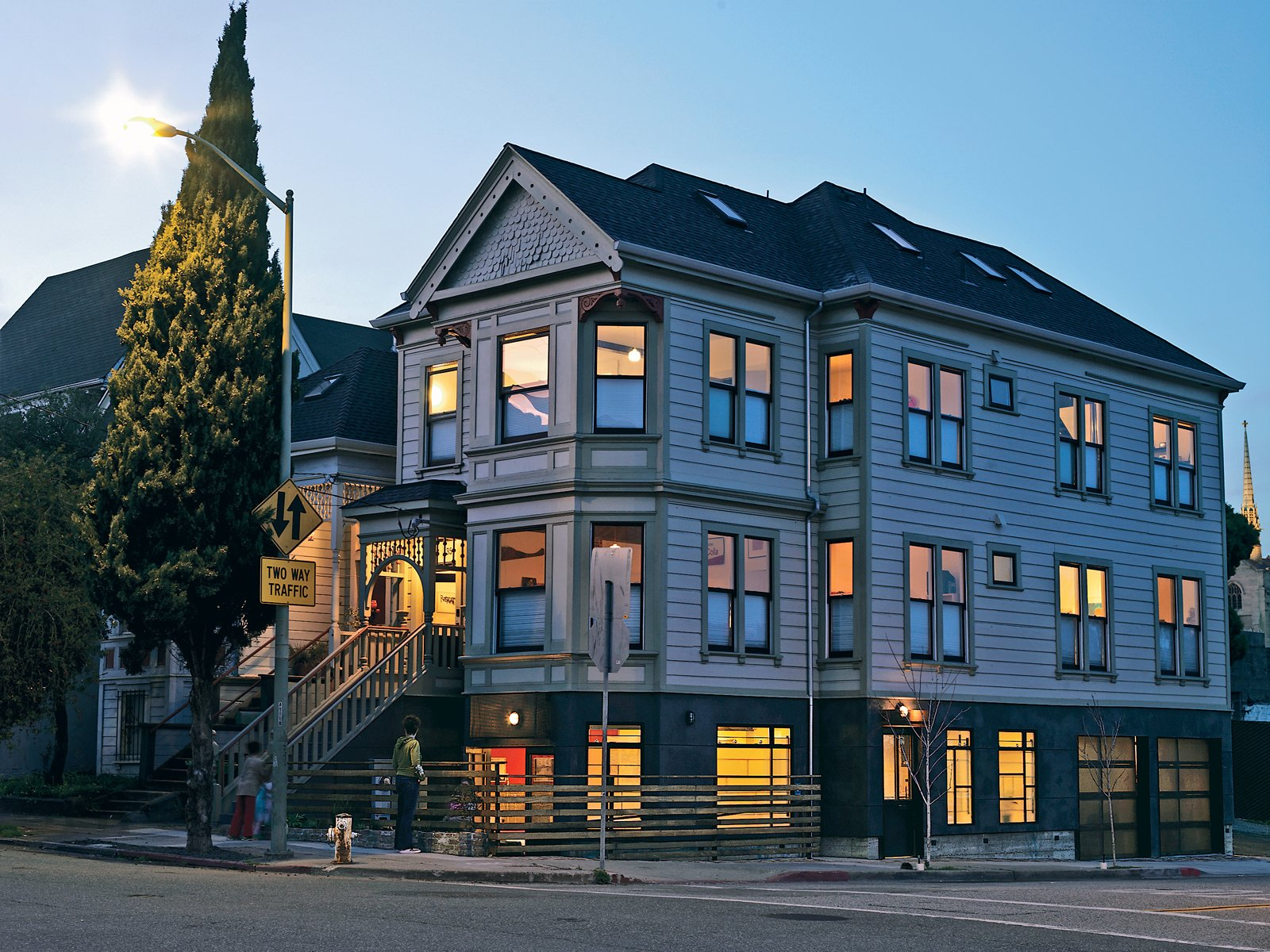 Photo 1 Of 6 In Modern Victorian House Preservation In Oakland Dwell