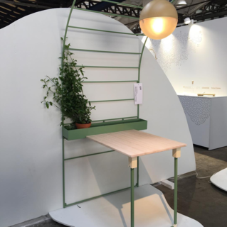 Nice concept desk called EFF by Stockholm-based Beckmans College of Design student Sara Sjöbäck displayed as part of the New Way Out exhibition by Venture Projects. The program features the work of fourth-year students with prototyping and support from IKEA.
