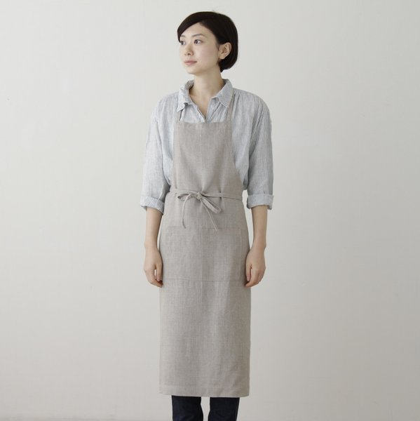 Full Apron  A classic and handsome apron that provides full coverage—even for the messiest cook, crafter, or server in your life. Functional and long-lasting, two handy pockets are placed in front for tools, utensils, and, of course, tired hands.