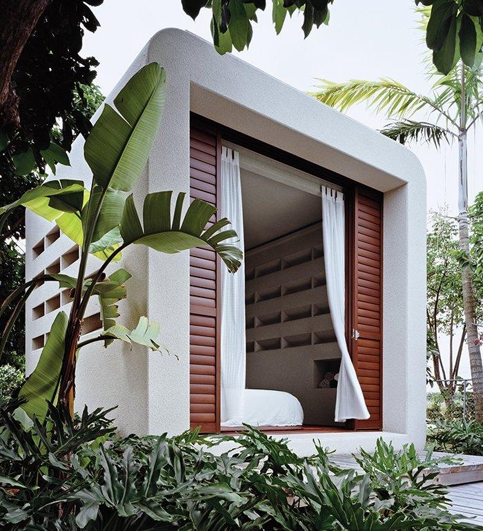 bungalow style prefab guest house