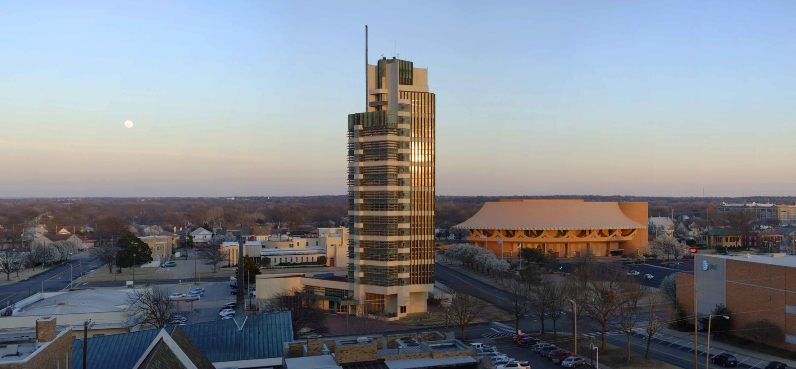 Price Tower (1952, Bartlesville, Oklahoma). This design is Wright's only realized skyscraper. Its distinctive facade features patinated copper cladding and sun louvers.  Iconic Frank Lloyd Wright Buildings by Allie Weiss