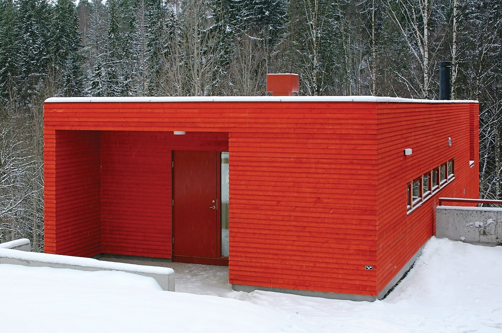Exterior, House Building Type, Cabin Building Type, Wood Siding Material, and Flat RoofLine The Red House, 2002.  Best Photos from Fjord Focus