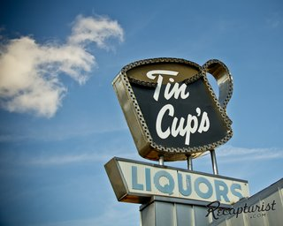 These Amazing Vintage Signs Are a Blast from America's Past - Photo 8 of 9 -