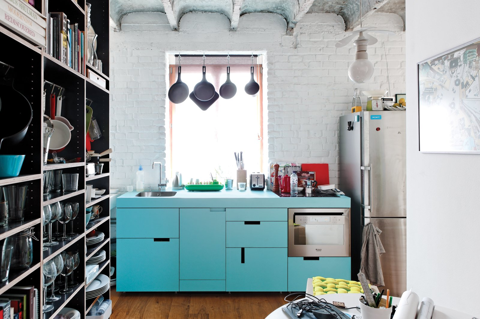Space-Saving Hacks for Small Kitchens Collection of 8 Photos by ...