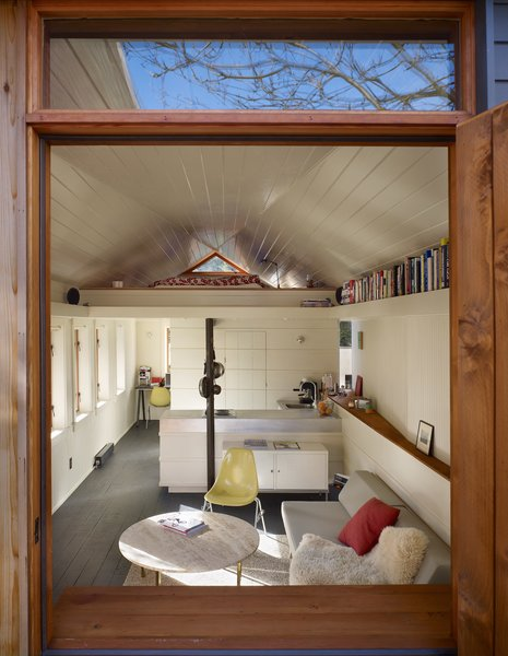 Photo 3 Of 8 In Tiny 1920s Garage Transformed Into A