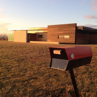 Comprised of the same material that 1950s–70s mailboxes used, the mailbox is made from powder-coated 20 gauge cold rolled steel that has been baked at 400 degrees to ensure resilience in all types of weather. The steel used in the modbox is thicker than steel used in mailboxes today, making it a more durable option.