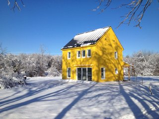 Arango's 1,000-square-foot home in Amherst, Massachusetts is run entirely by solar power. He uses the home as an example in the class he teaches on renewable energy.