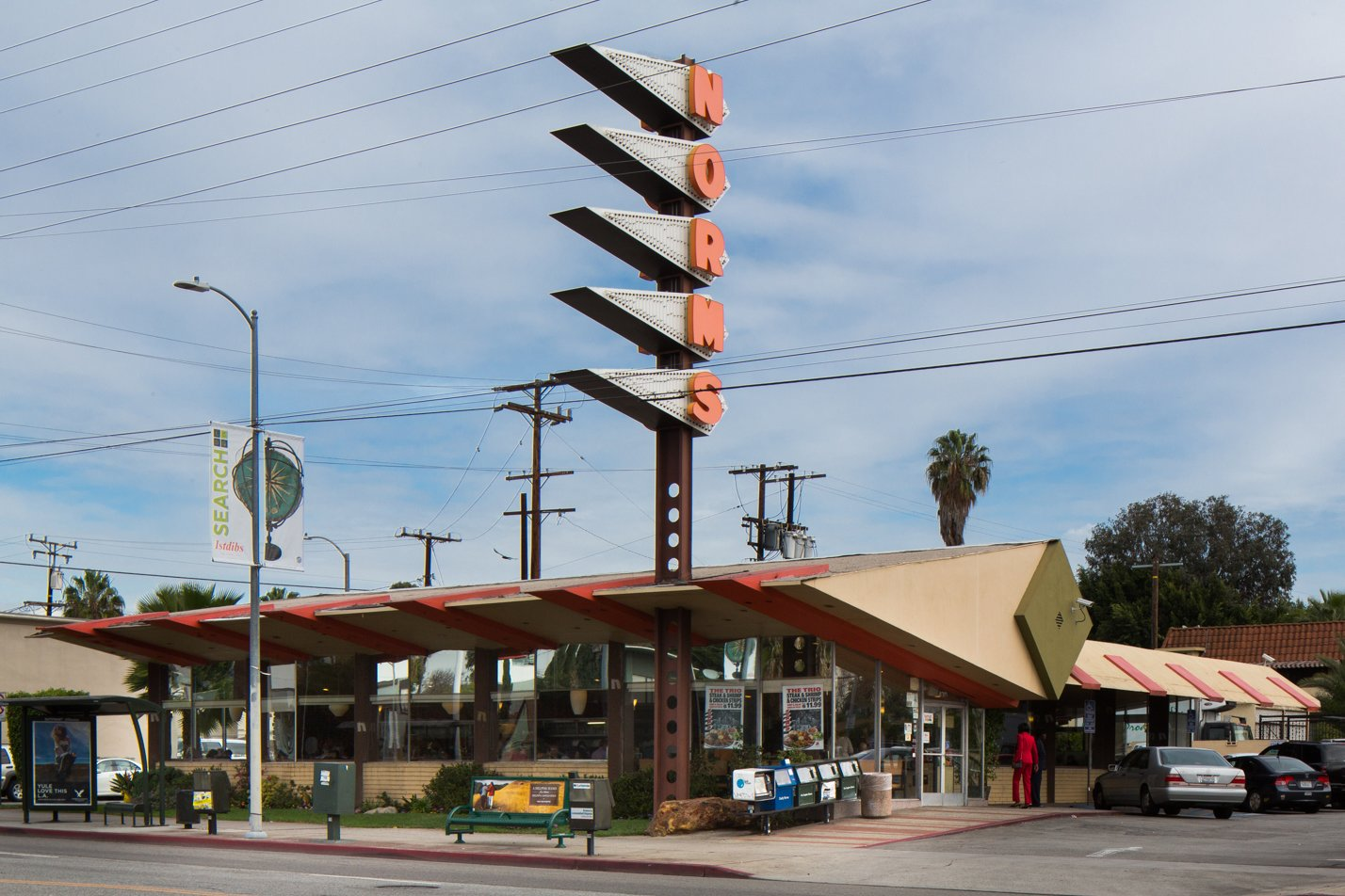 Los Angeles Cultural Heritage Commission Votes To Save Googie Design At Norms Dwell