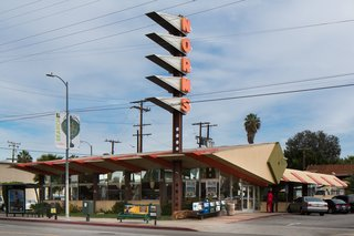 Los Angeles Cultural Heritage Commission Votes to Save Googie Design at Norms