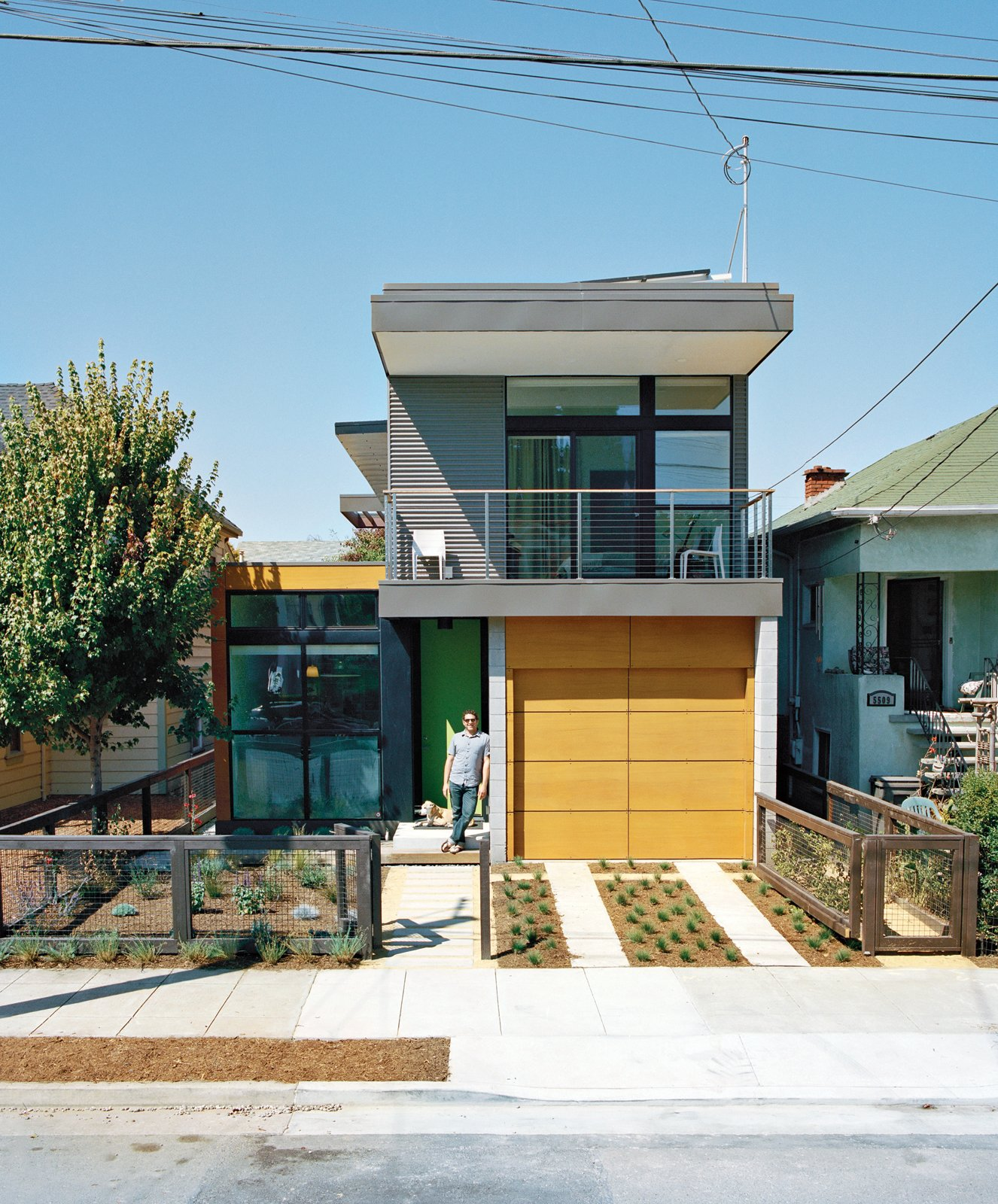 With a sleek prototype in Emeryville, California, under its belt, Simpatico Homes sets out to redefine prefab's cost—and footprint. Photo by Jake Stangel.  (Nearly) Net-Zero Homes by Erika Heet from Modern East Bay Getaways