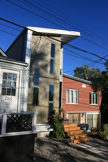 Toronto's Mini House
