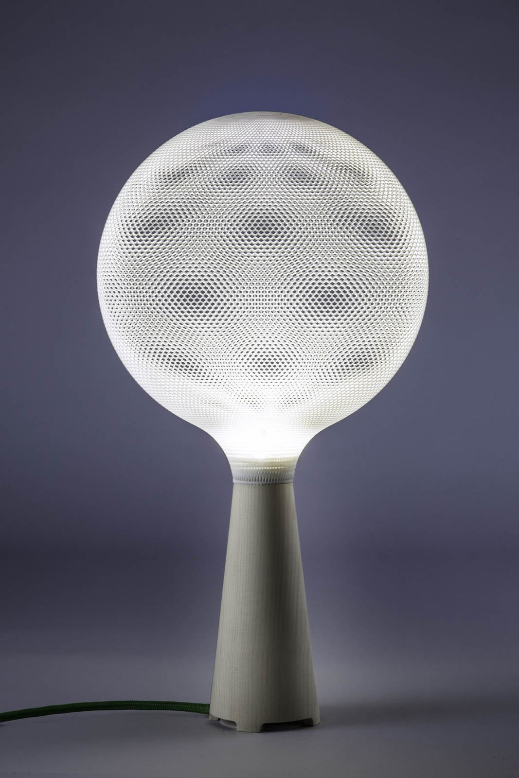 The table lamp version of Afilia features a pine base.  3D Printed Lighting by Exnovo by Diana Budds