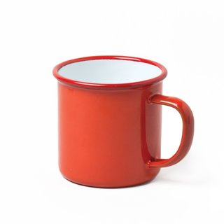 This classic Falcon mug is safe for even your hottest cups of coffee and cocoa. Although it is durable, the enamelware mug is not bulky.