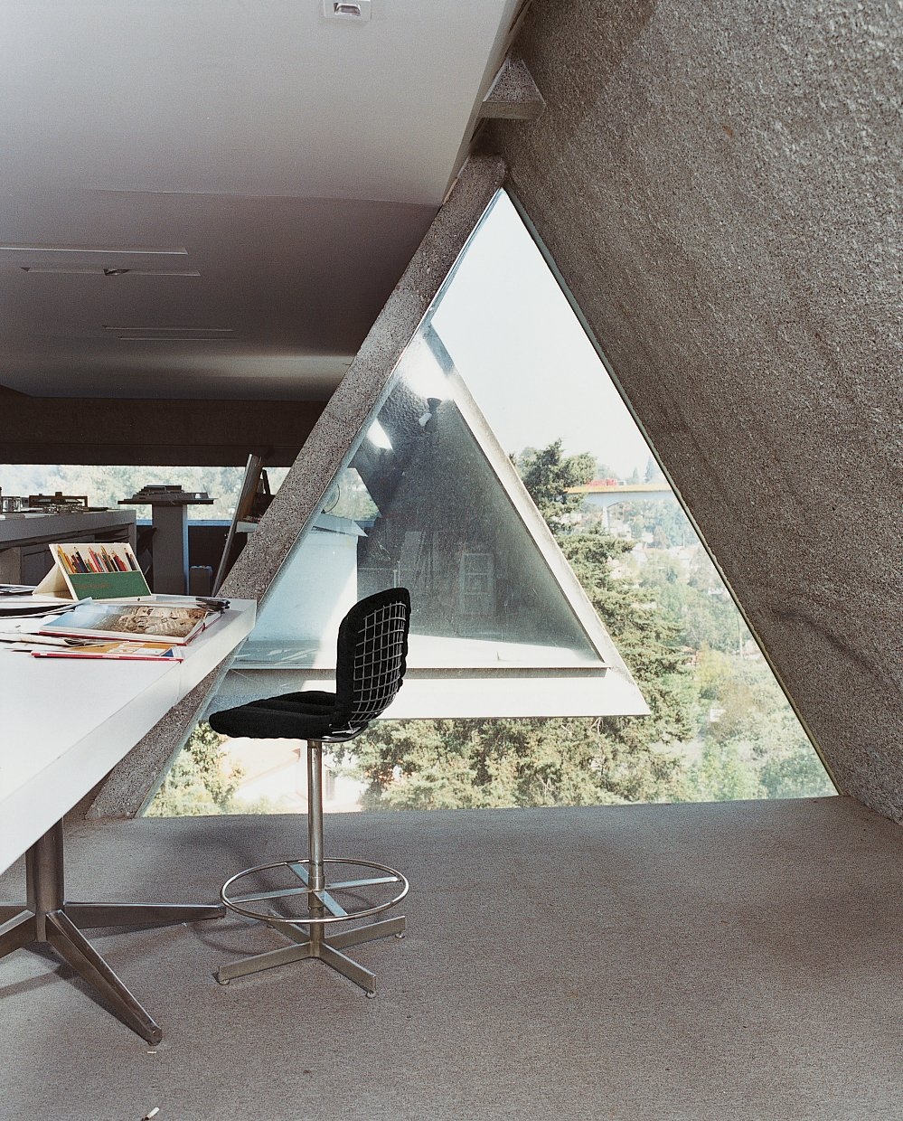 Office, Chair, Desk, and Concrete Floor Agustín Hernandez's home office.  Photos from Hecho in Mexico City