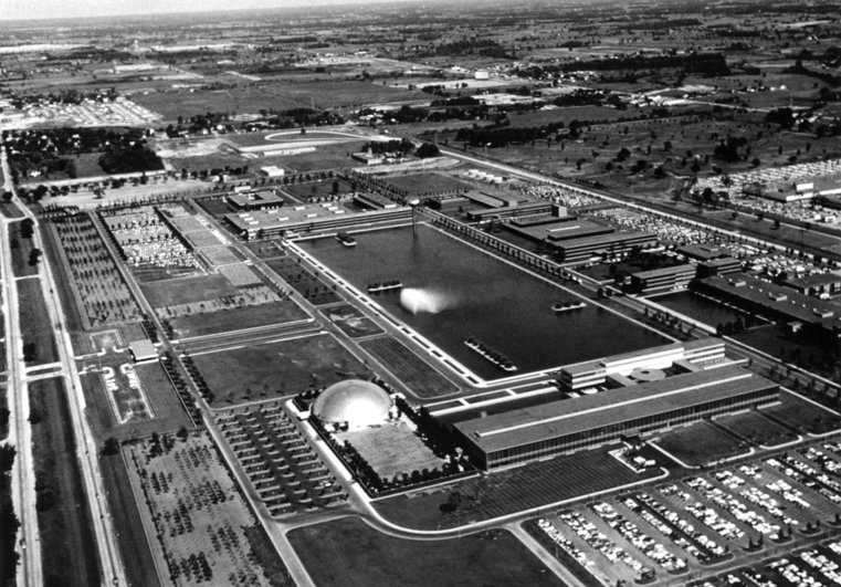 "General Motors Technical Center -- Warren, Michigan (1955)   Saarinen's first significant solo commission was for the GM Technical Center in Warren, Michigan, which still serves at the nerve center for the company's engineering wing and workspace for 16,000 employees. A campus of five buildings arranged around a 22-acre reflecting pool, the grand project was designated one of the ""Most Outstanding Architectural Achievements of its Era"" by the American Institute of Architects. Boasting an array of technical flourishes, like floating staircases in the lobby of the Research and Development and Design building and a fountain by Alexander Calder, it was called the ""Versailles of Industry"" and dedicated by President Eisenhower when it opened in 1956. Photo Courtesy Michigan State Historic Preservation Office.  Photo 2 of 10 in Design Icon: Architect Eero Saarinen"