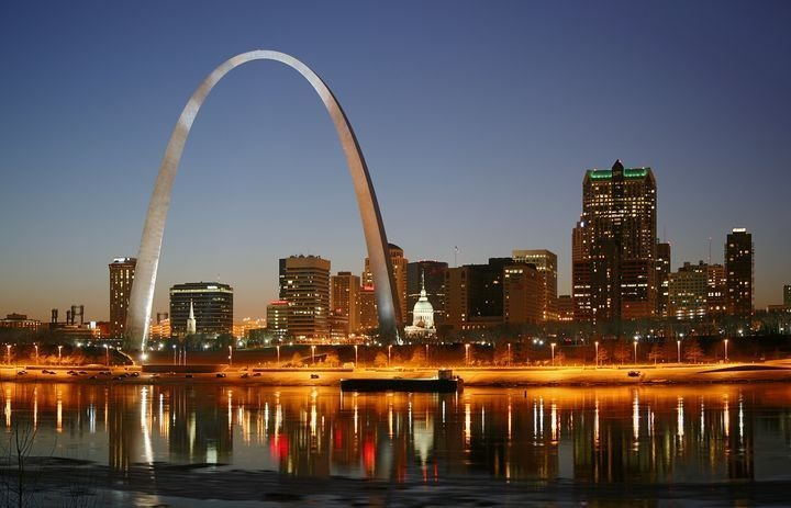"""Outdoor The St. Louis Arch (1965), Saarinen's most recognizable architectural feat, is located in the heart of St. Louis.  Search """"arch support"""" from Modern Valentines: A Love Letter to Eero Saarinen"""