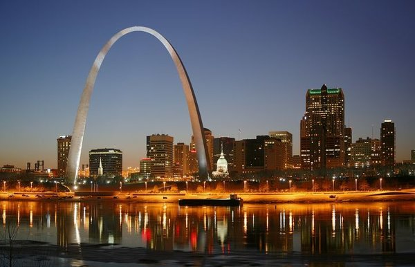 The St. Louis Arch (1965), Saarinen's most recognizable architectural feat, is located in the heart of St. Louis.