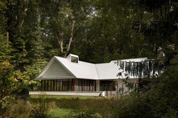 Modern Cottage Renovation in Michigan