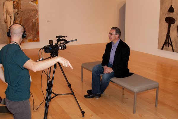 Prefab architect Leo Marmol discusses design and mobility at the Palm Springs Art Museum for an upcoming video on dwell.com on #thefutureofmobility.