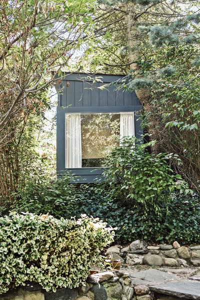 Tiny Garden Retreat on New York's Long Island