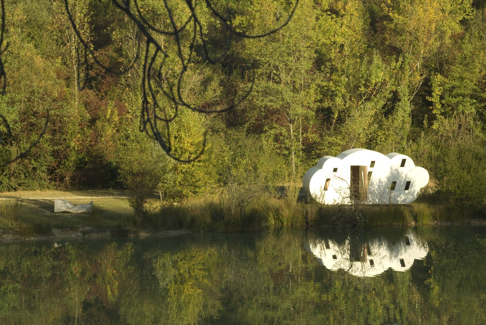 """Architect Frederic Latherrade and his firm Zebra3 are building a fantastical system of waystations around the Bordeaux countryside to encourage hiking and exploration, such as """"Le nuage.""""  Cabins & Hideouts from Tiny Vacation Shelters in the French Countryside"""