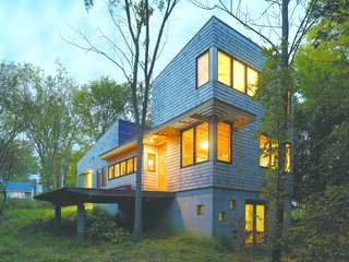 The Nature Preserve House in Middlebury, Vermont, won the AIA Vermont Merit Award for Excellence in Architecture.