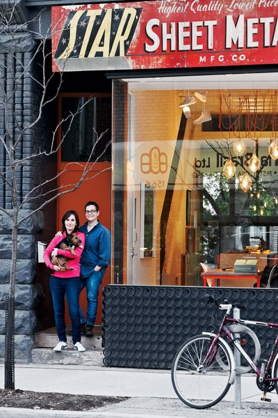 Architect Tamira Sawatzky and artist Elle Flanders get an awfully good view of their busy Toronto street from their office and dining room.