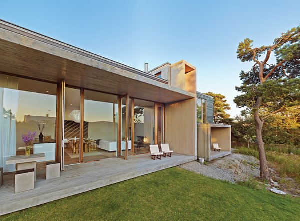 A Pine Box Vacation Home in Sweden