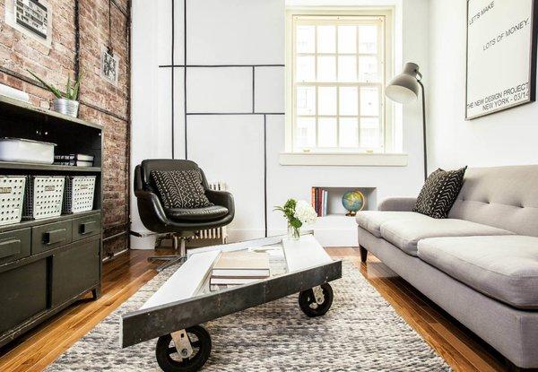 A Gut Renovation Transforms a Tiny Manhattan Apartment