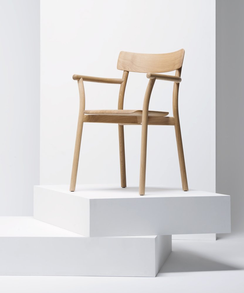 The oak version of Chiaro, with armrests, designed by Leon Ransmeier for Mattiazzi.  Photo 5 of 5 in Chiaro Chair by Leon Ransmeier for Mattiazzi