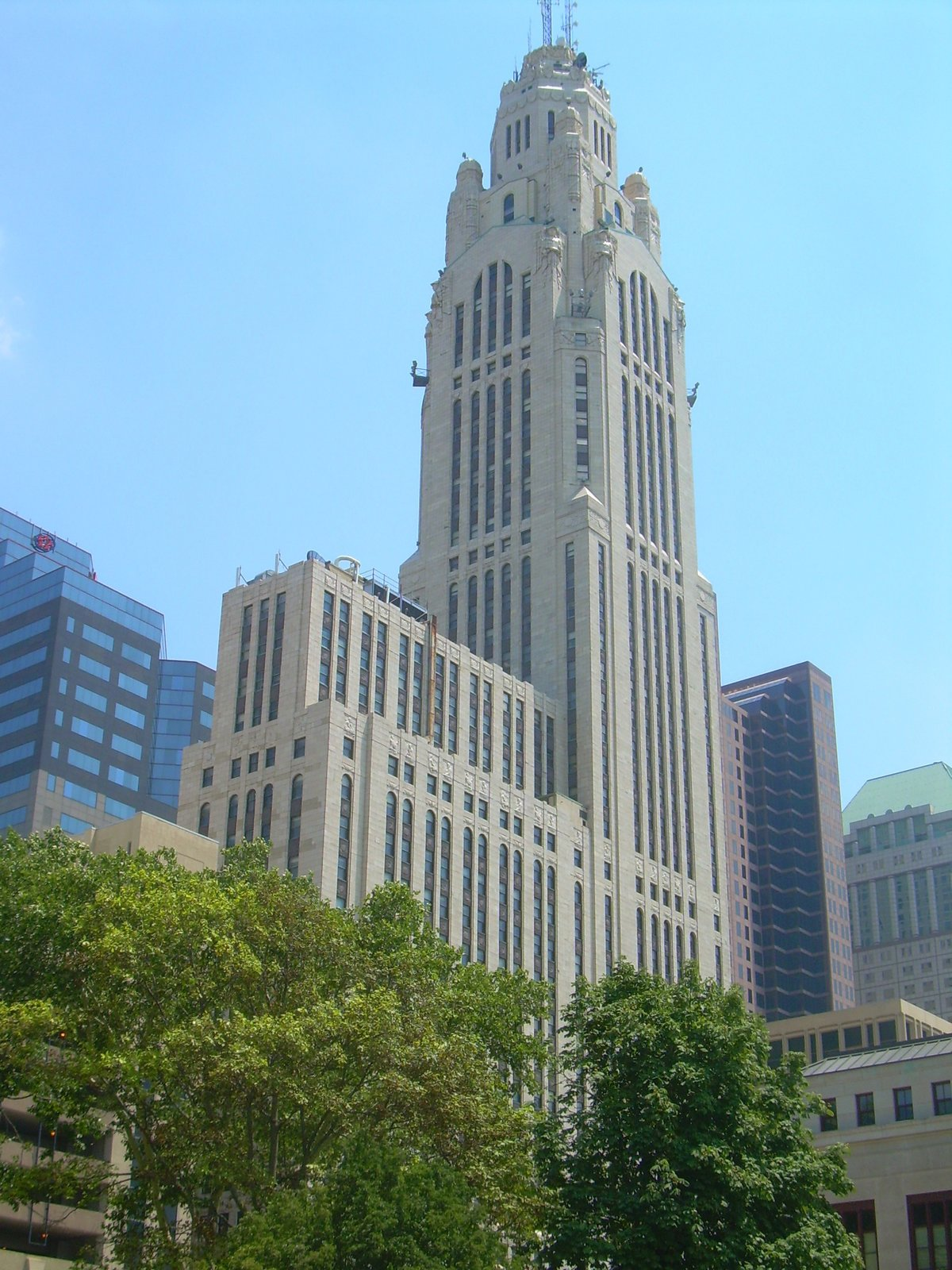 The LeVeque Tower in Columbus, Ohio, is a 47-story, 555-foot-tall office tower masterpiece by Crane. It was the tallest building in Columbus from 1927 until 1974; at the time of its completion, it was the tallest building between New York City and Chicago and the fifth tallest building in the world. It is noted for its brightly lit tower, which was designed to emulate a citadel.  Photo 4 of 8 in Design Icon: C. Howard Crane