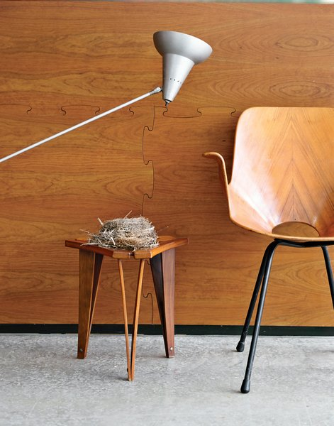 Wooten handpicked every piece in the house, such as the 1955 Medea chair by Vittorio Nobili, near which he placed an abandoned bird's nest he found on the property.