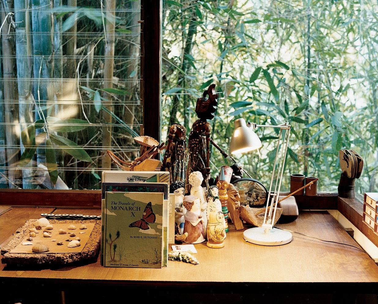 Kids Room and Bedroom Room Type The grandchildrens' room, on the same, well-lit side of the house as Ray's office, is adorned with dolls and books.  Photo 7 of 12 in Ray Kappe-Designed Multilevel House in Los Angeles