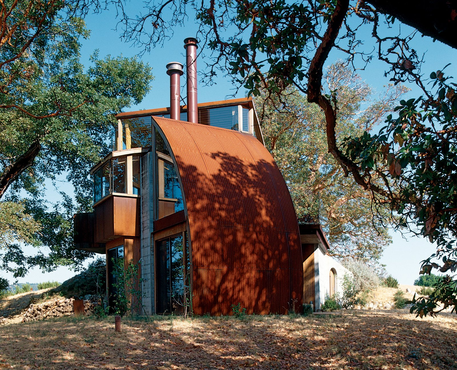 Exterior, Metal Roof Material, Metal Siding Material, and House Building Type Hidden away up a perilous dirt road, the Witt Guesthouse, in its material and construction, reflects the wildness of the beauty that surrounds it.  Photo 9 of 9 in Big Sur: Coastal Commissions