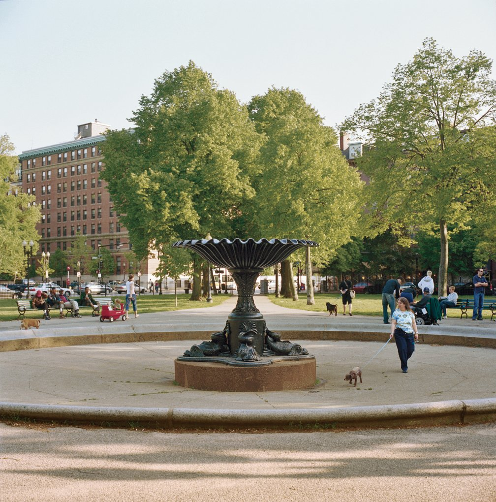 One of the dozen small public spaces that dot the South End, Blackstone Square is a lively center of civic life—filled with yuppie dog owners and young parents with children.  Photo 4 of 12 in Boston Pops