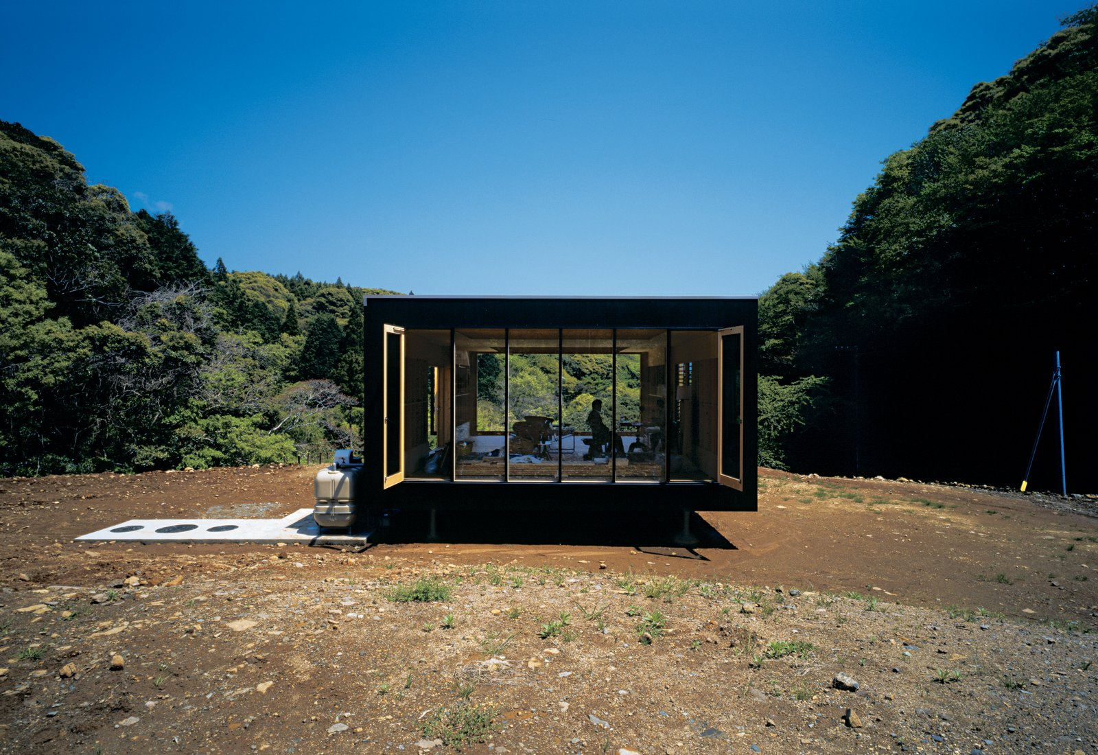 Architect Tadashi Murai designed this remote retreat for a Tokyo transplant who abandoned his corporate existence.  Home Design Solutions in Japan by Olivia Martin from Simply Sustainable