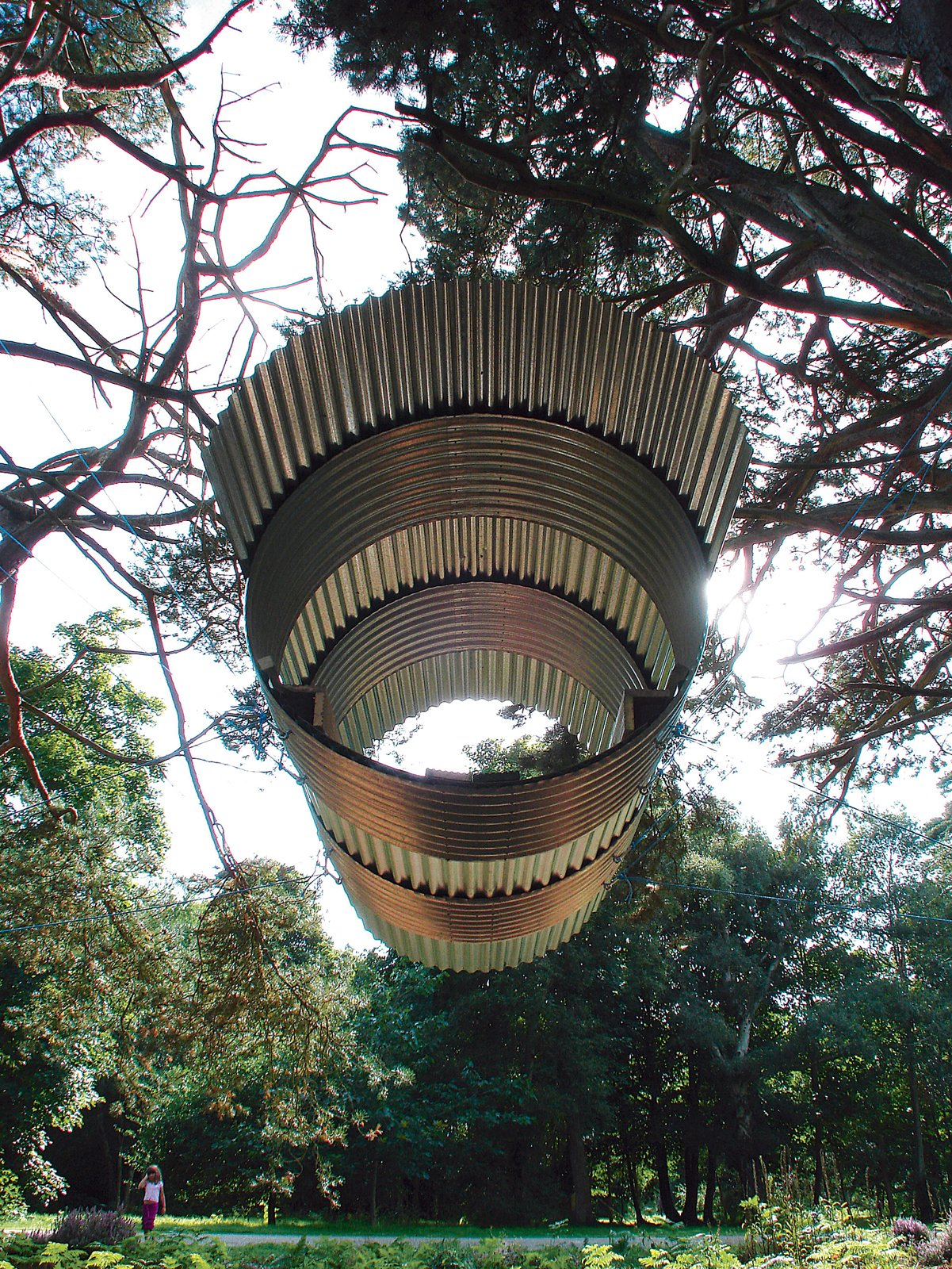 A deceptively simple structure, the Flying Pigsty structure floats lazily above the ground.  Modern Treehouses by Aileen Kwun from Where Pigs Fly