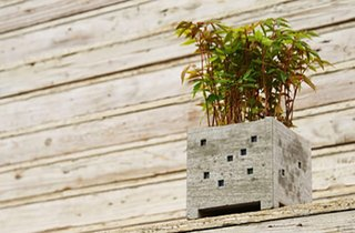 Pipe Planter by Nobuhiro Sato