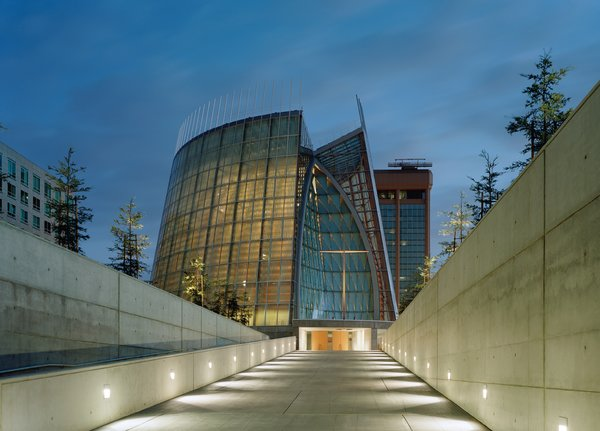 Cathedral of Christ the Light by Skidmore, Owings & Merrill  Honor Award winner for Excellence in Architecture